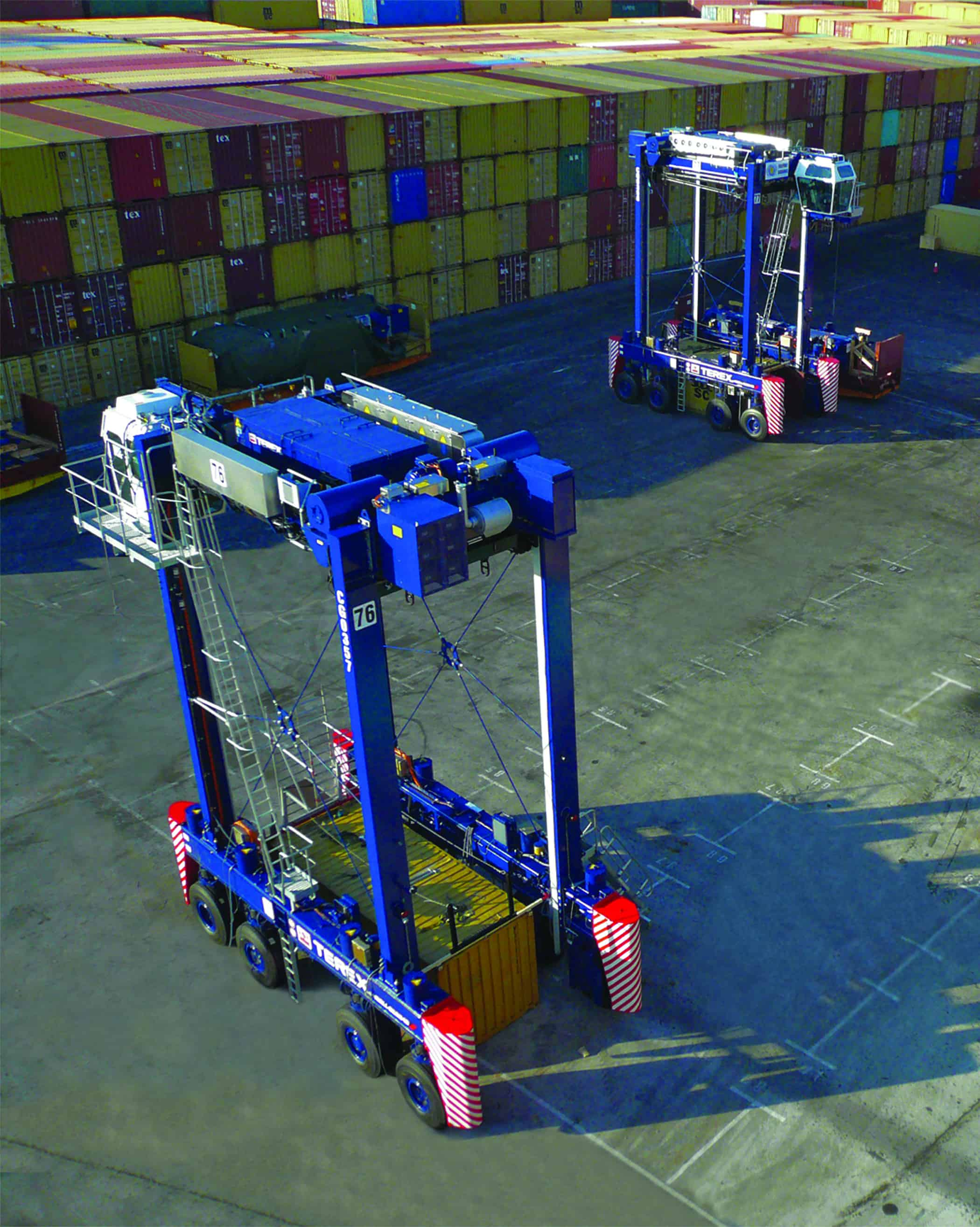 Freeport opts for Terex hybrid drive straddle carriers