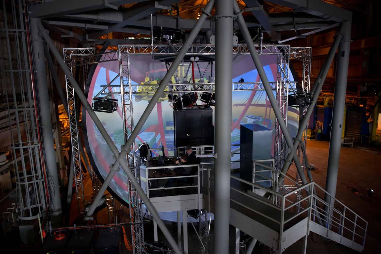 World's largest crane simulator