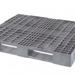 The plastic CPP 875 PO has benefits over wooden pallets