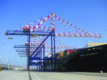 Liebherr receives order for 22 cranes from Transnet