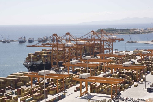 Greece reduces stake of Piraeus Port Authority up for sale
