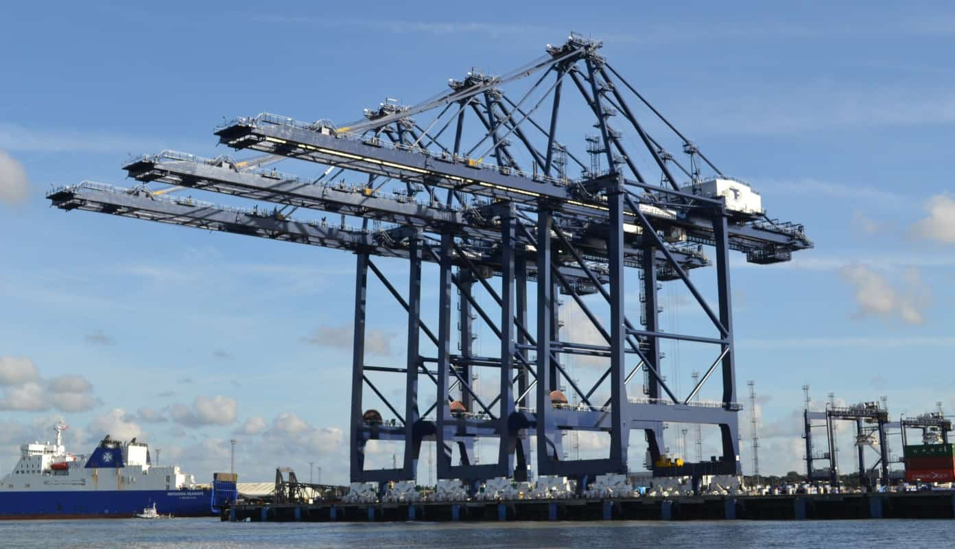 Port of Felixstowe receives two STS cranes as part of expansion plan