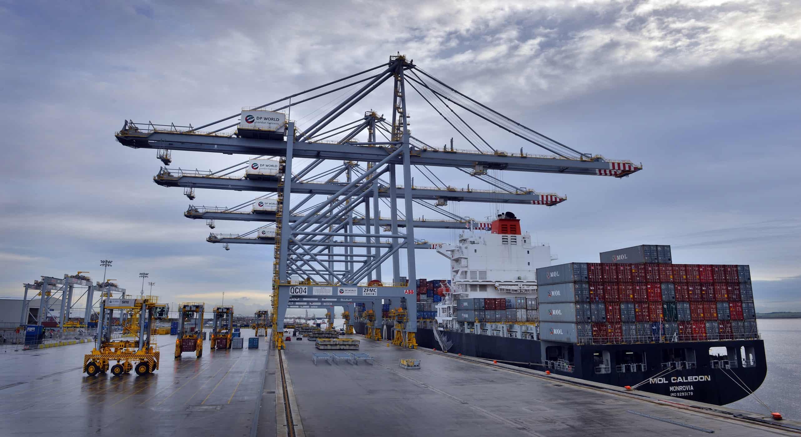 Maersk diverts ships from Felixstowe to London Gateway