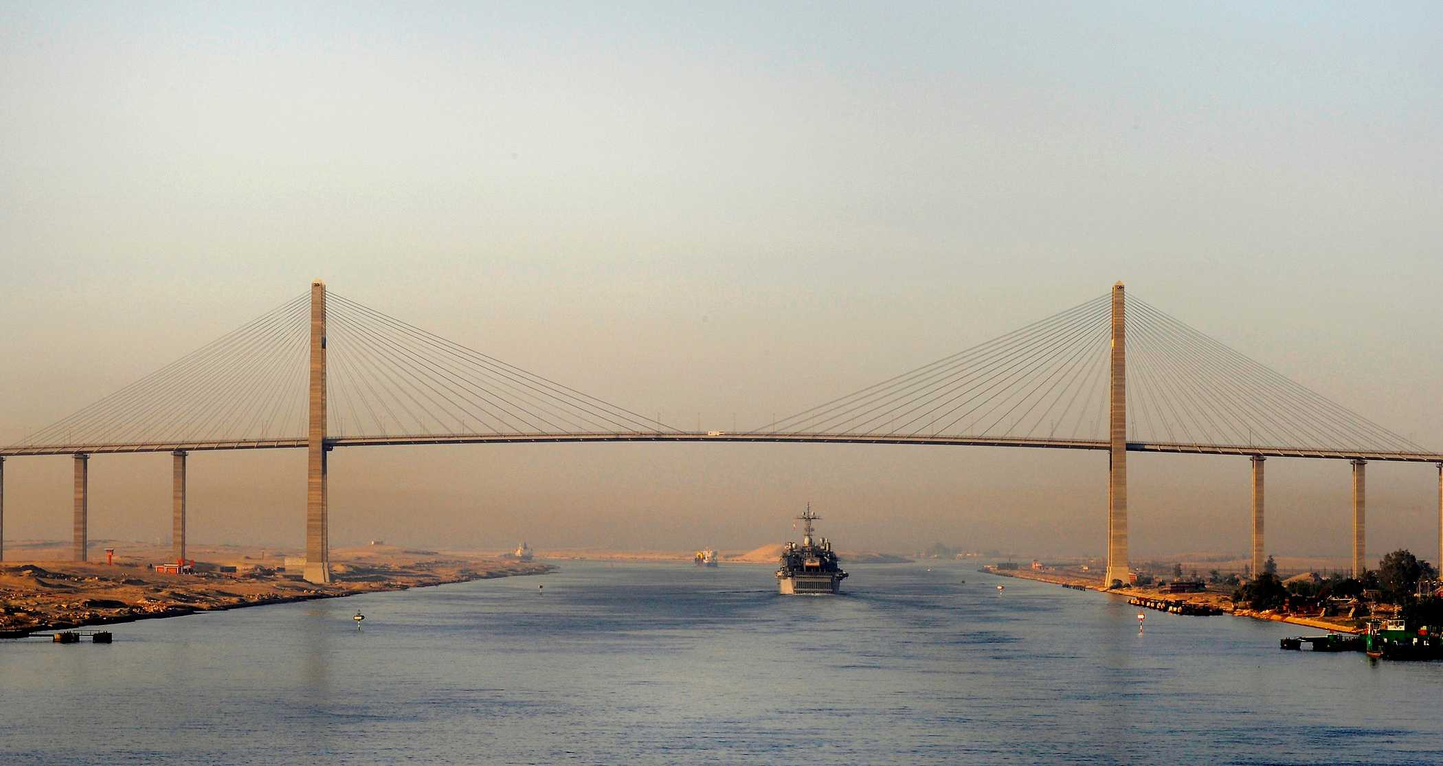 Egypt set to re-open bridge over Suez Canal
