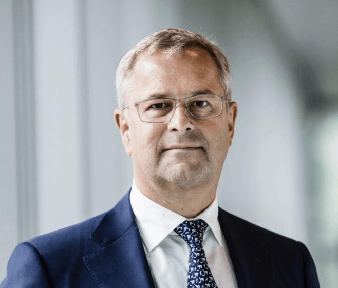 Maersk fires CEO, considers break-up