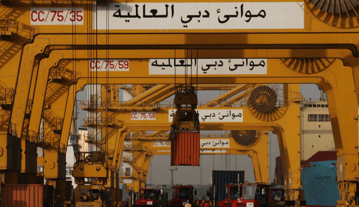 DP World's UAE volumes down by 6%