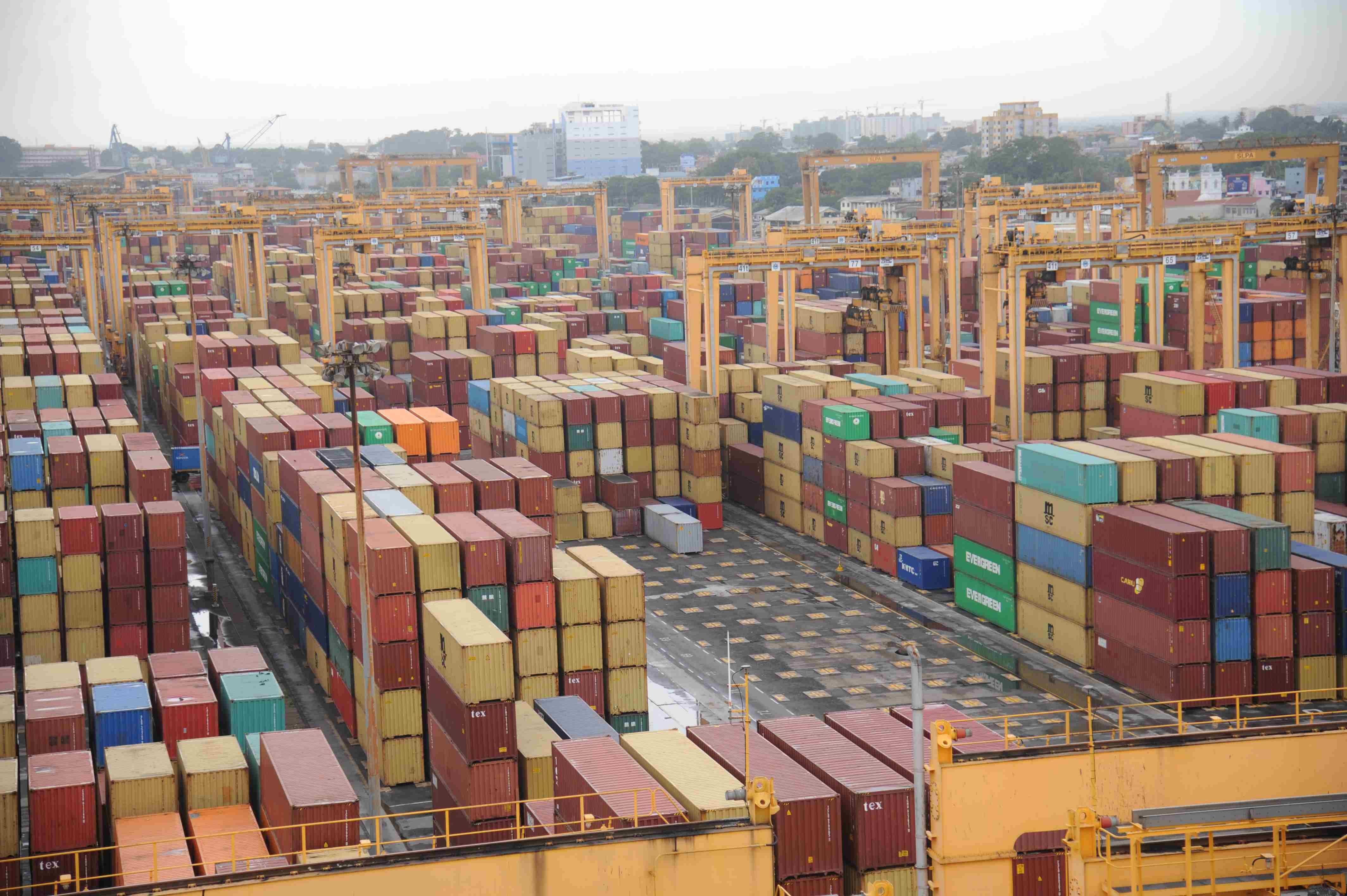 Transhipment up by 20% in Colombo