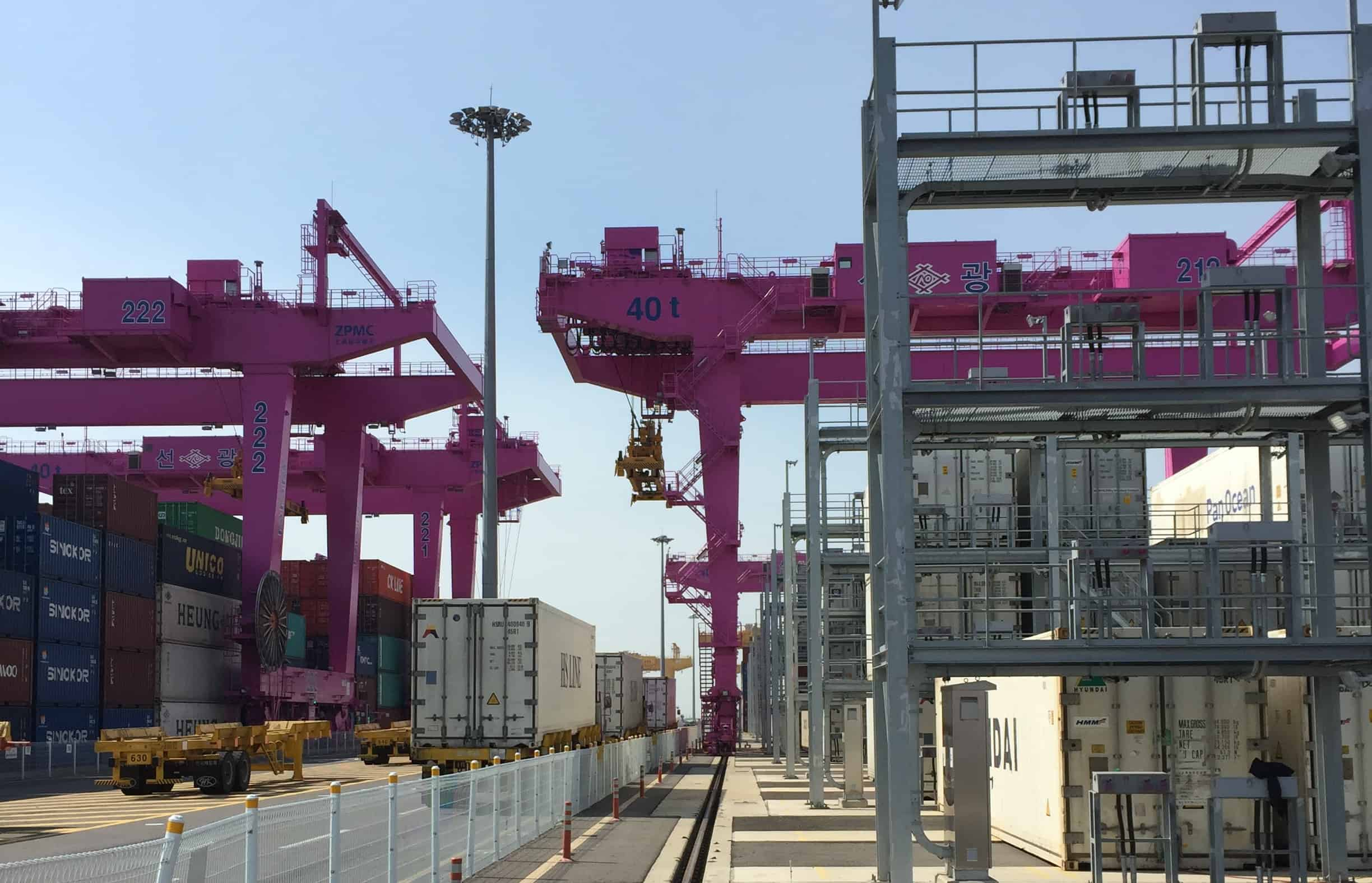 Lase's truck lifting prevention system installed at Incheon