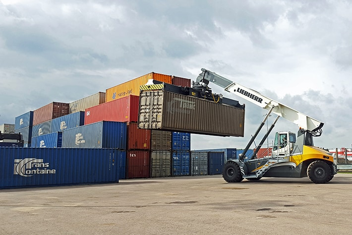 Liebherr's container cranes report stable development