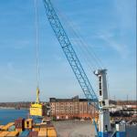 The Model 5 mobile harbour crane
