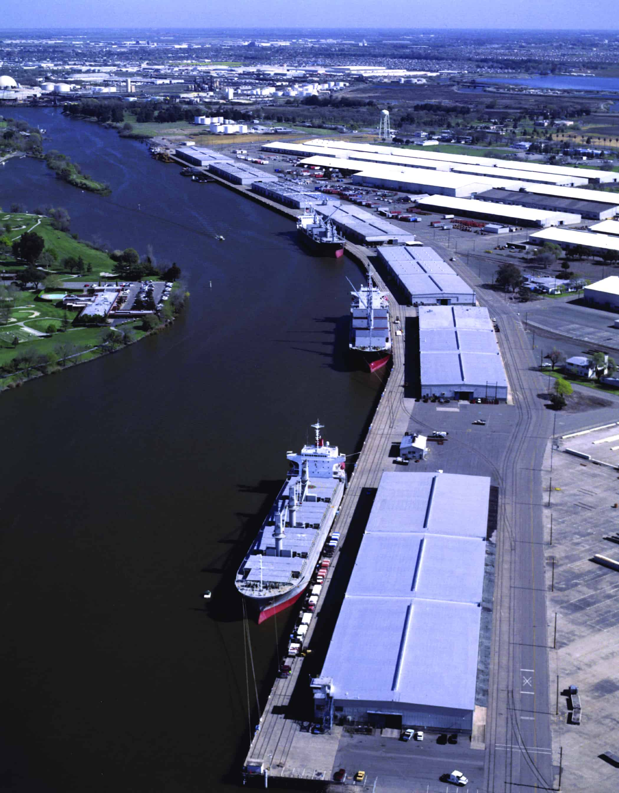 Tideworks to manage Stockton's container on barge operation