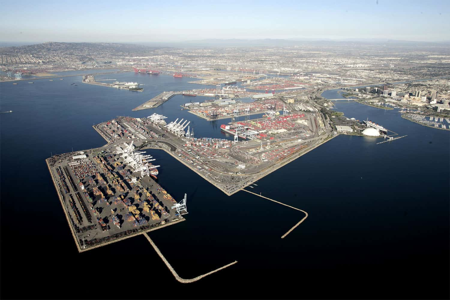 Long Beach US$1bn budget approved