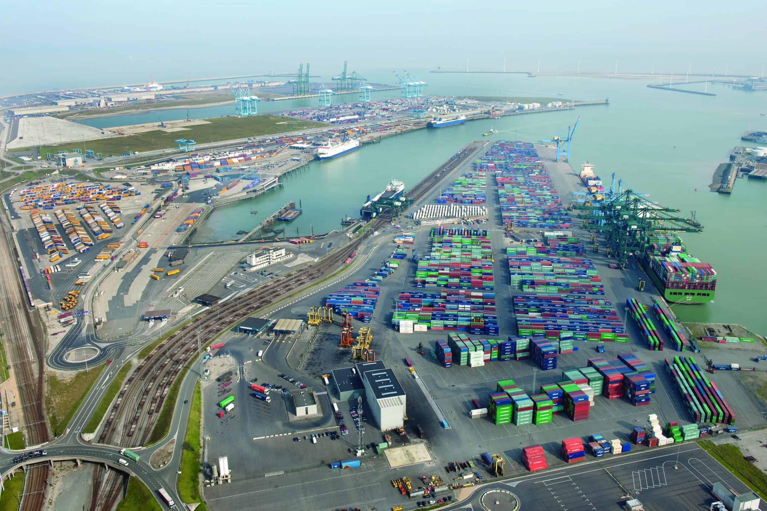 Forth Ports and Zeebrugge sign strategic MoU