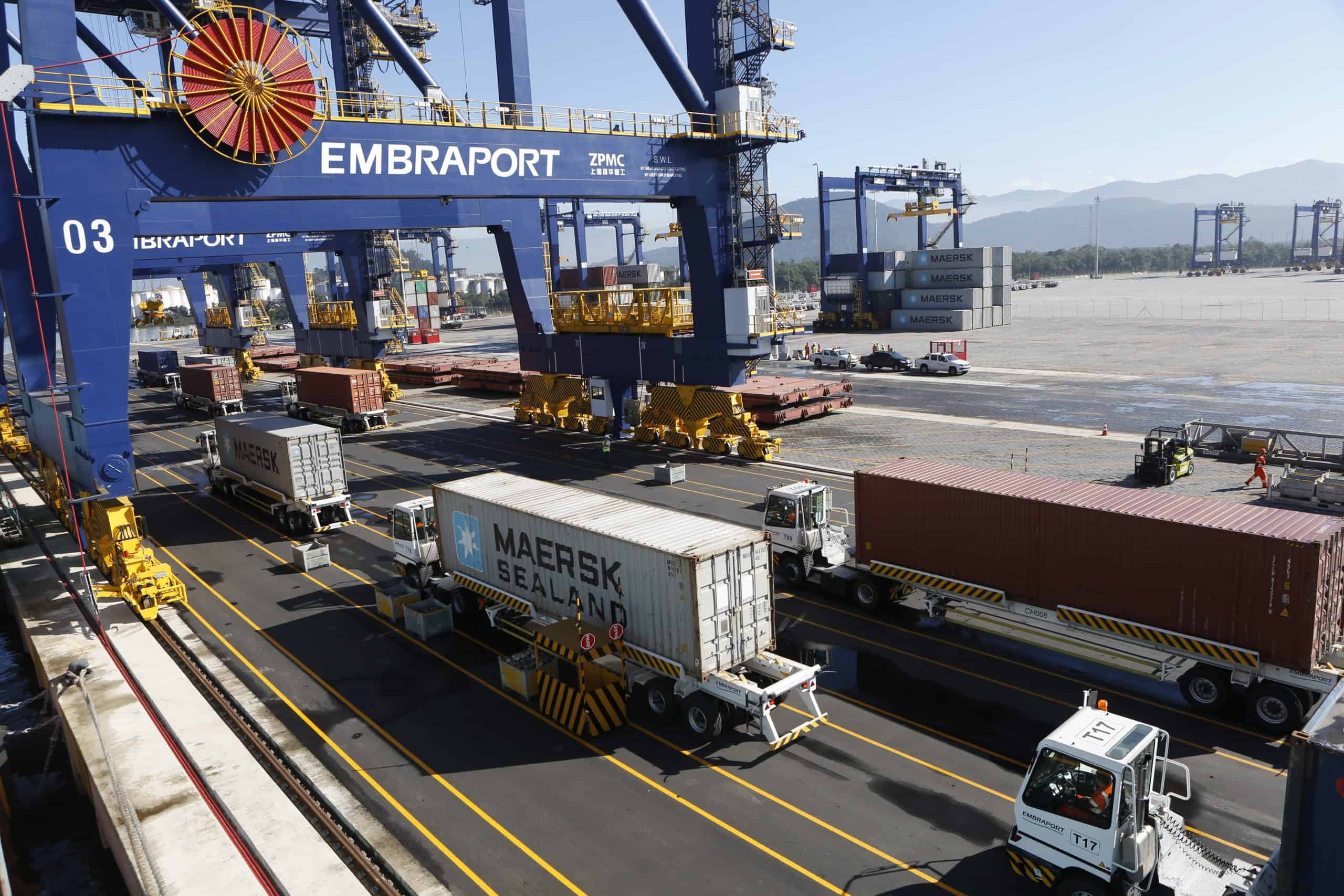 Embraport gives in to stevedore unions… for now