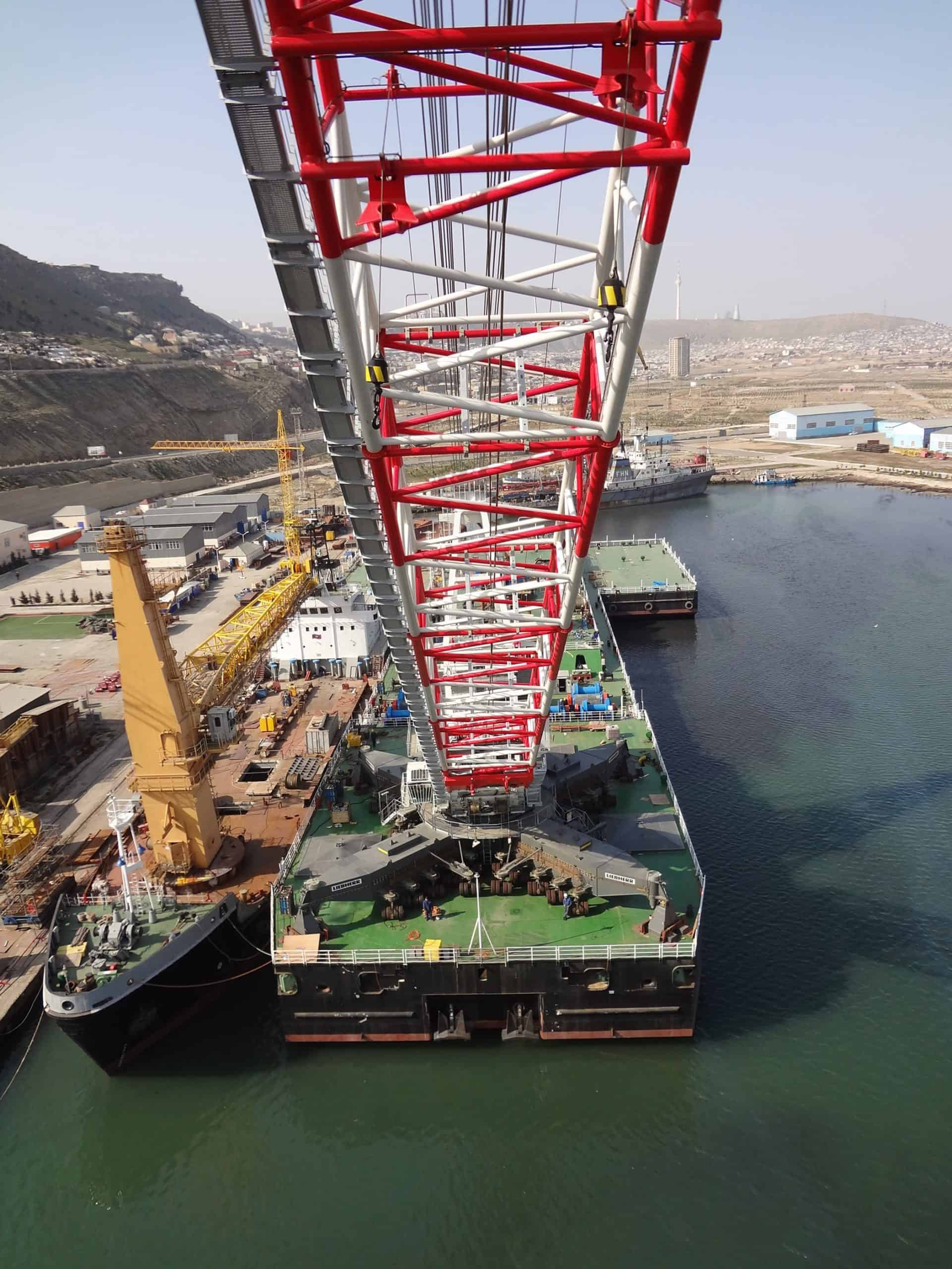 Liebherr's innovative combined offshore and mobile harbour crane