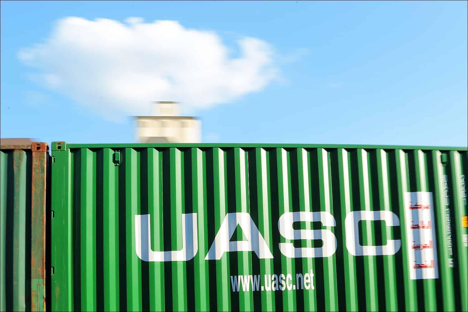 UASC and Hamburg Süd sign slot exchange agreement