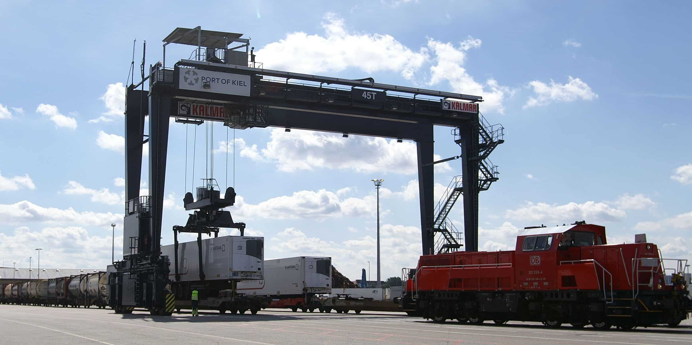 Cargo and intermodal traffic up at Kiel