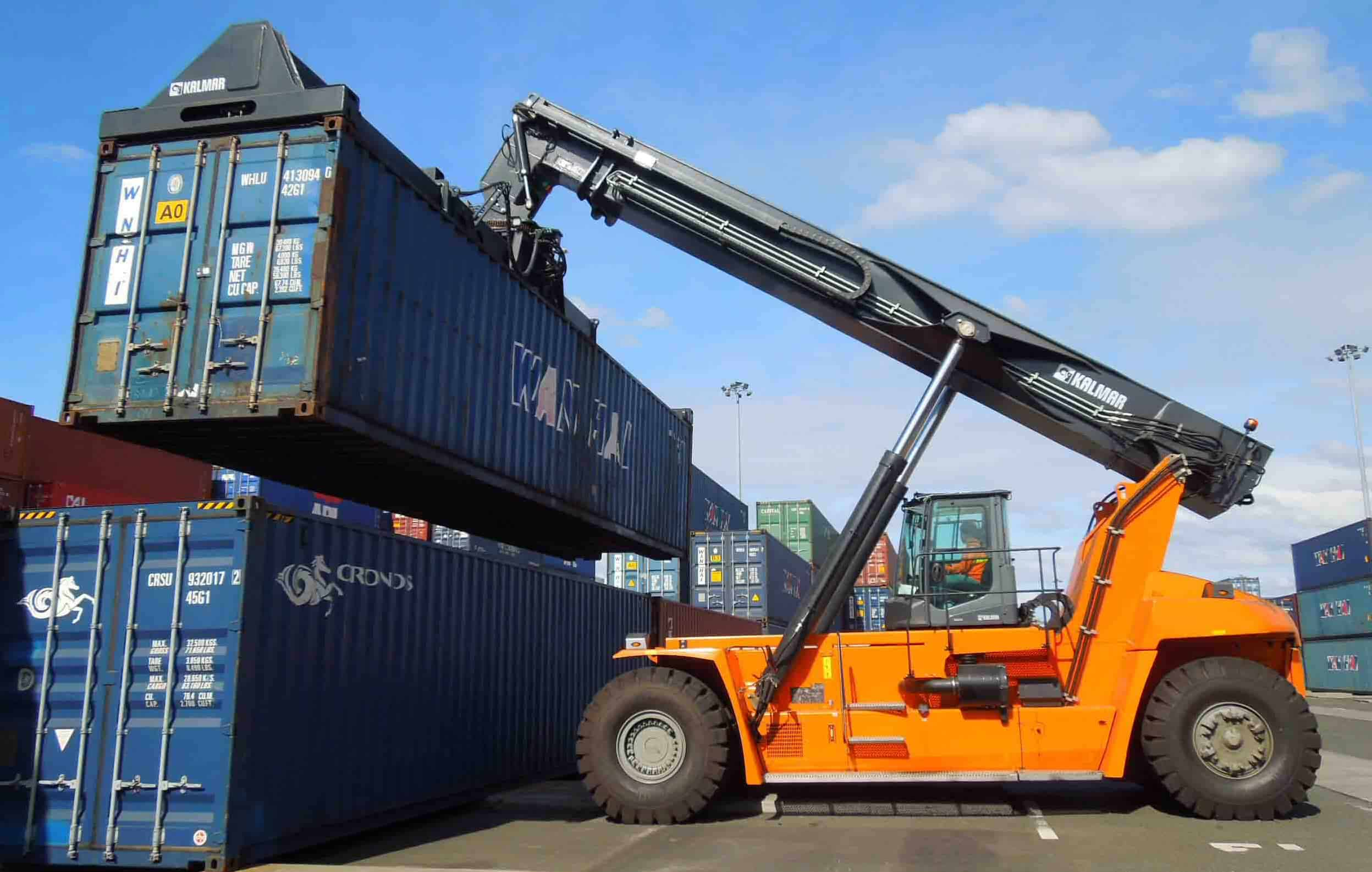 Four new Kalmar reachstackers at ICTSI's Philippine terminals