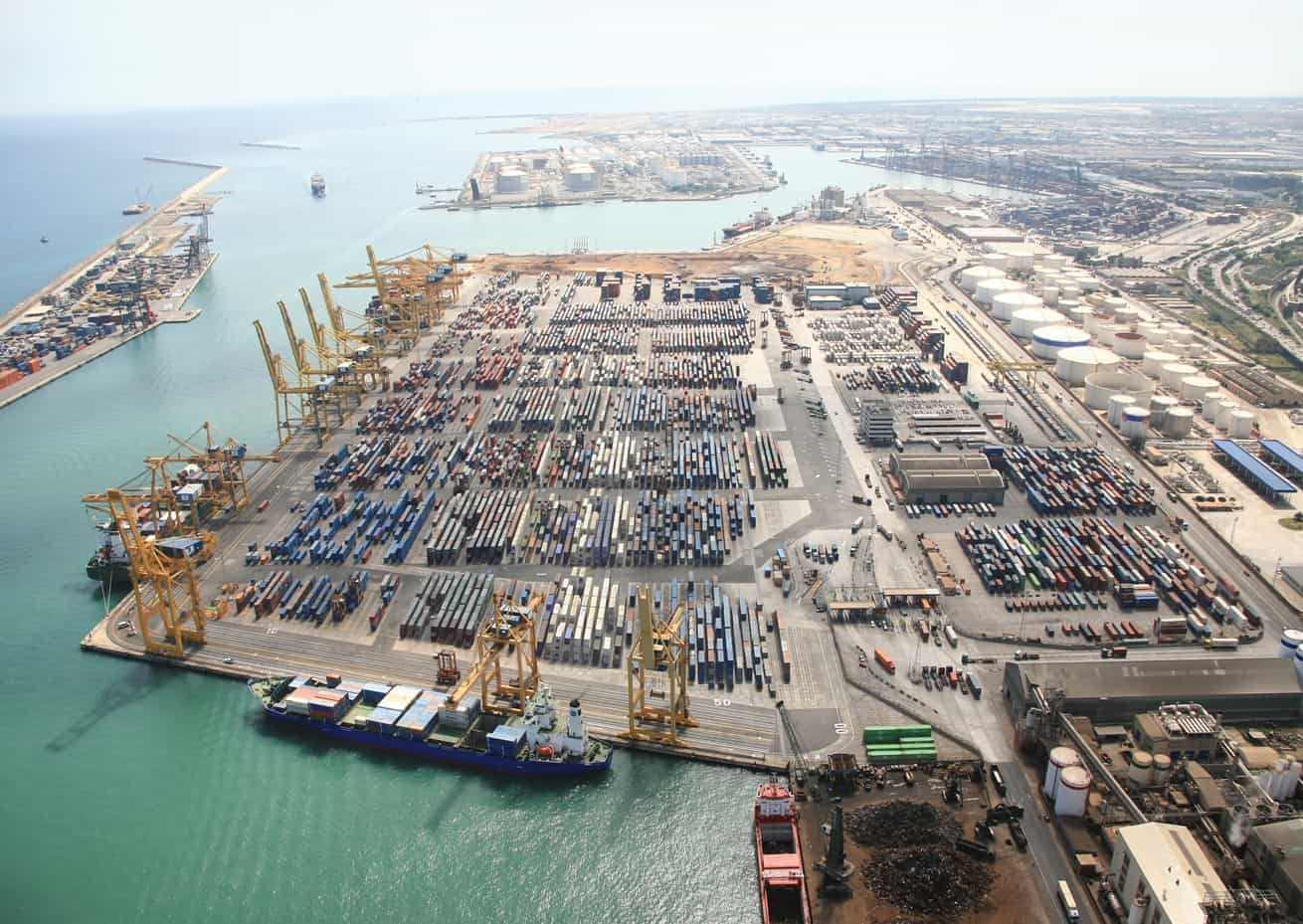APM Terminals to acquire 100% of Grup Maritim TCB in US$1bn deal