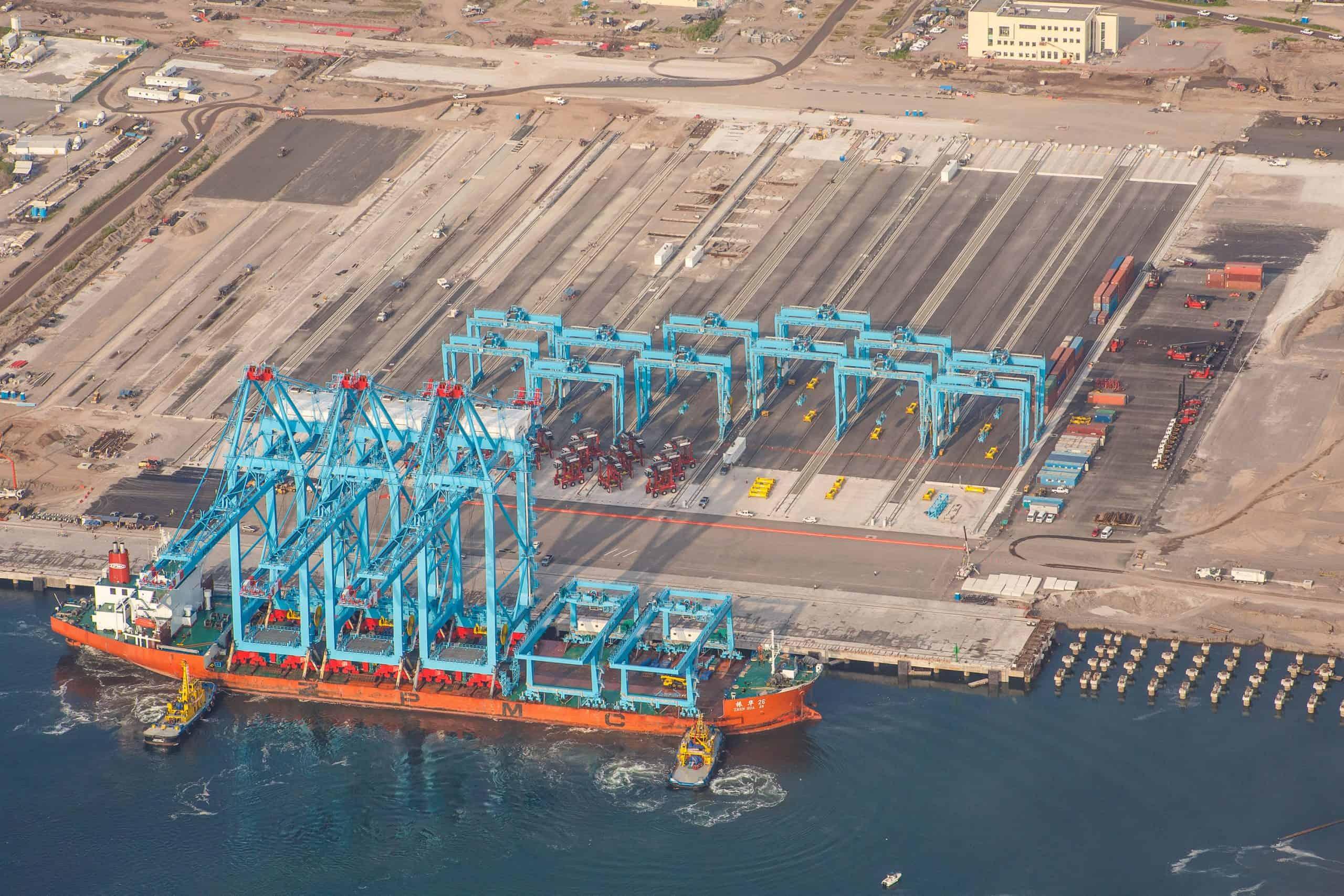 APM Terminals Lázaro Cárdenas in Mexico receives cranes