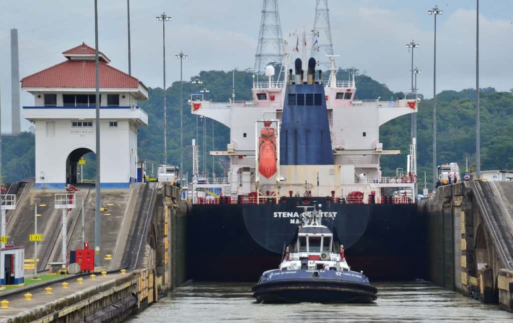 Exclusive: Panama Canal to use up to five tugboats