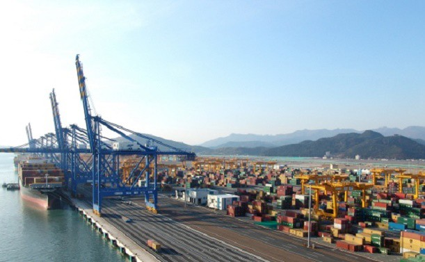 Busan New Port berths to be deeper than expected