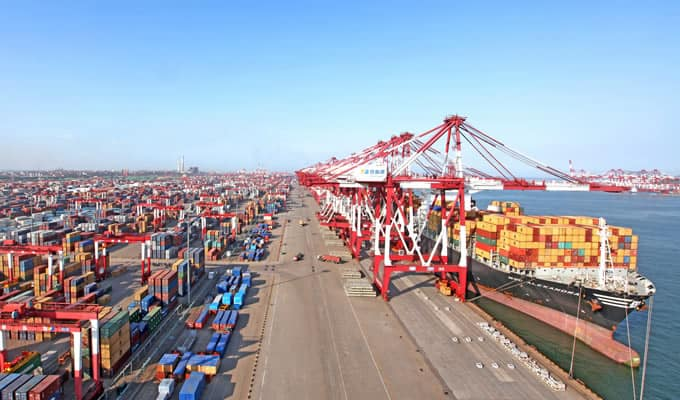 COSCO increases stake in Qingdao Port