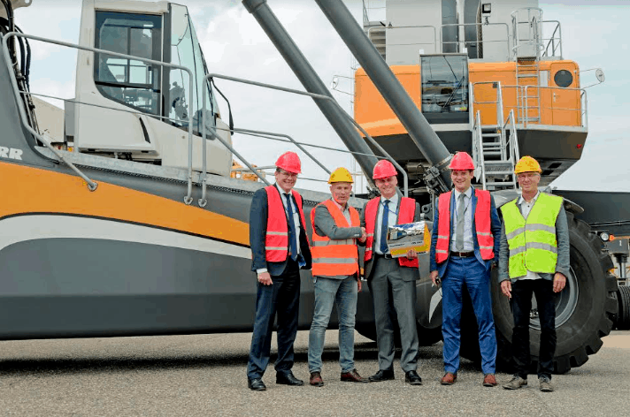 Kloosterboer orders Liebherr equipment