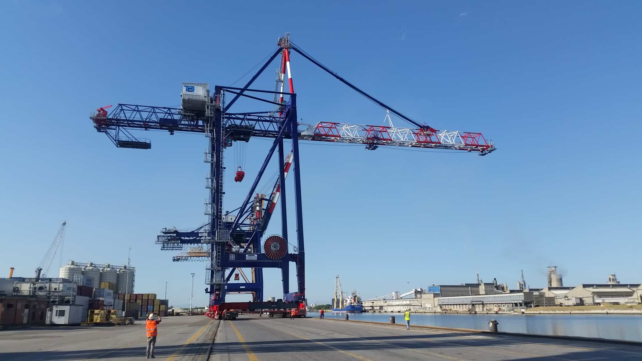 Ravenna receives new Liebherr STS crane