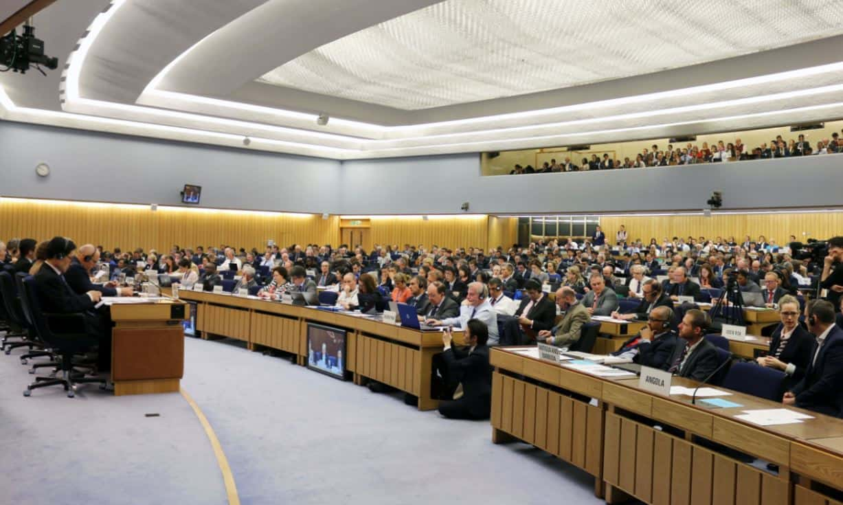 IMO agrees to halve greenhouse gas emissions by 2050