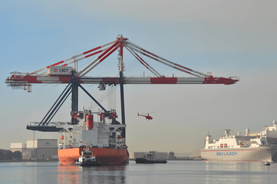 US terminal holds up COSCO-OOIL deal