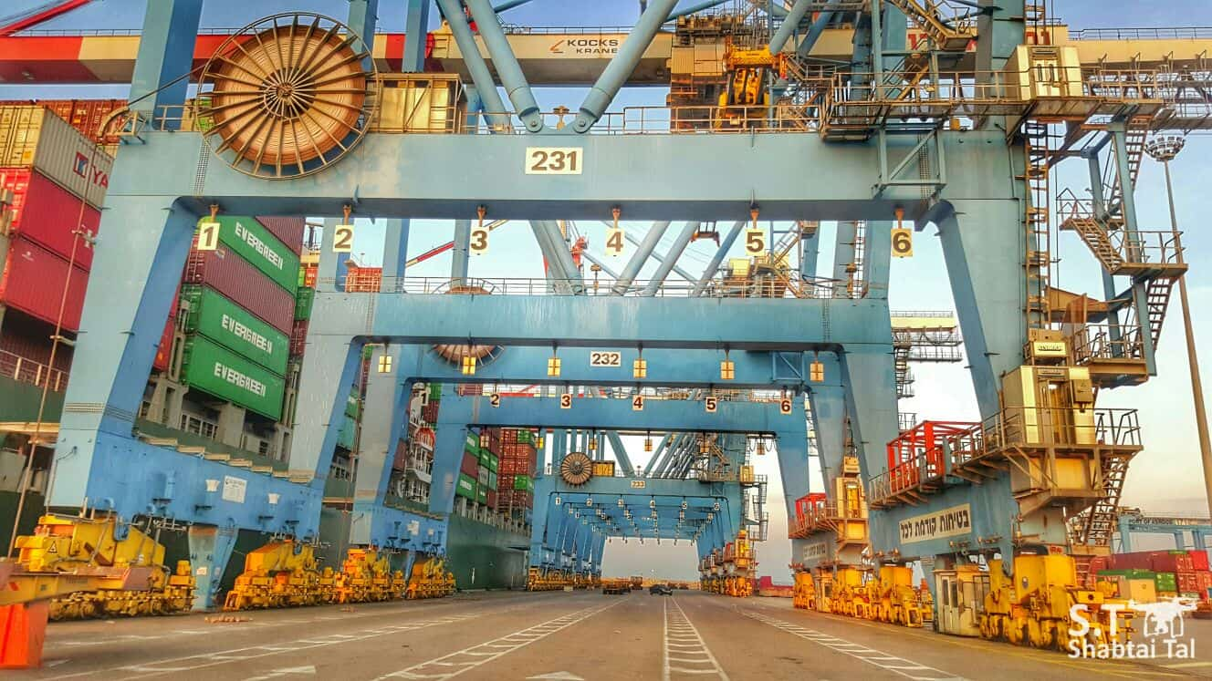 Ashdod increases crane capacity as competition looms