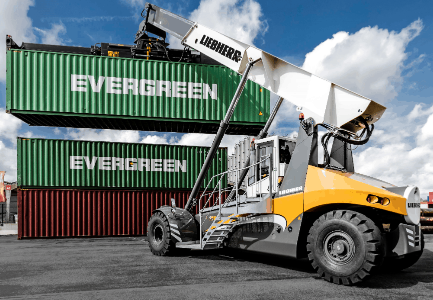 Liebherr extends reachstacker portfolio