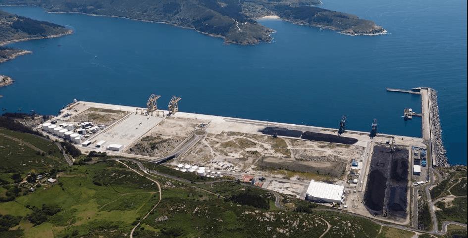 Ferrol welcomes first regular service