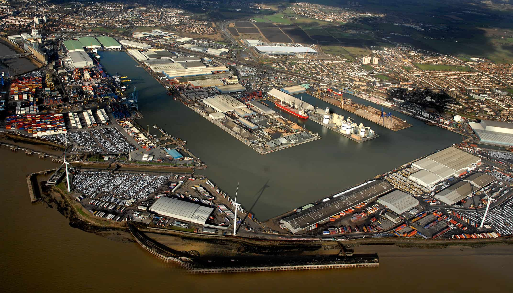 Port of Tilbury calls for a direct road connection onto Lower Thames Crossing