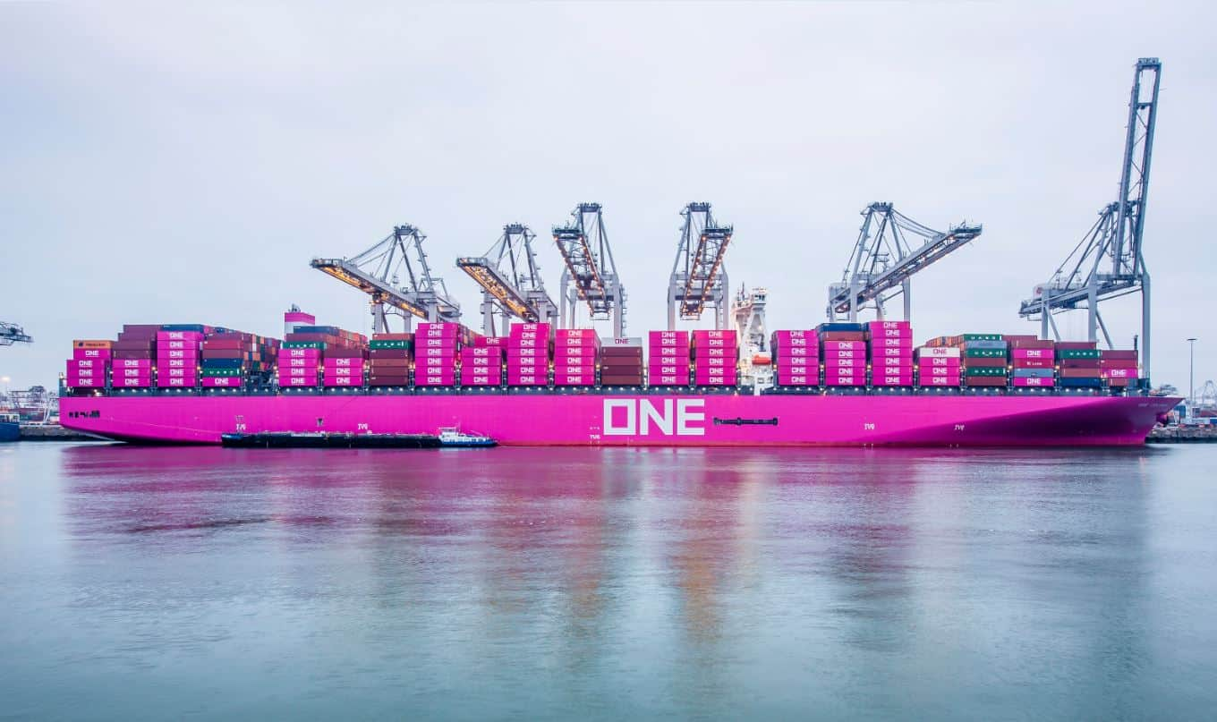 Container throughput strengthens Port of Rotterdam results