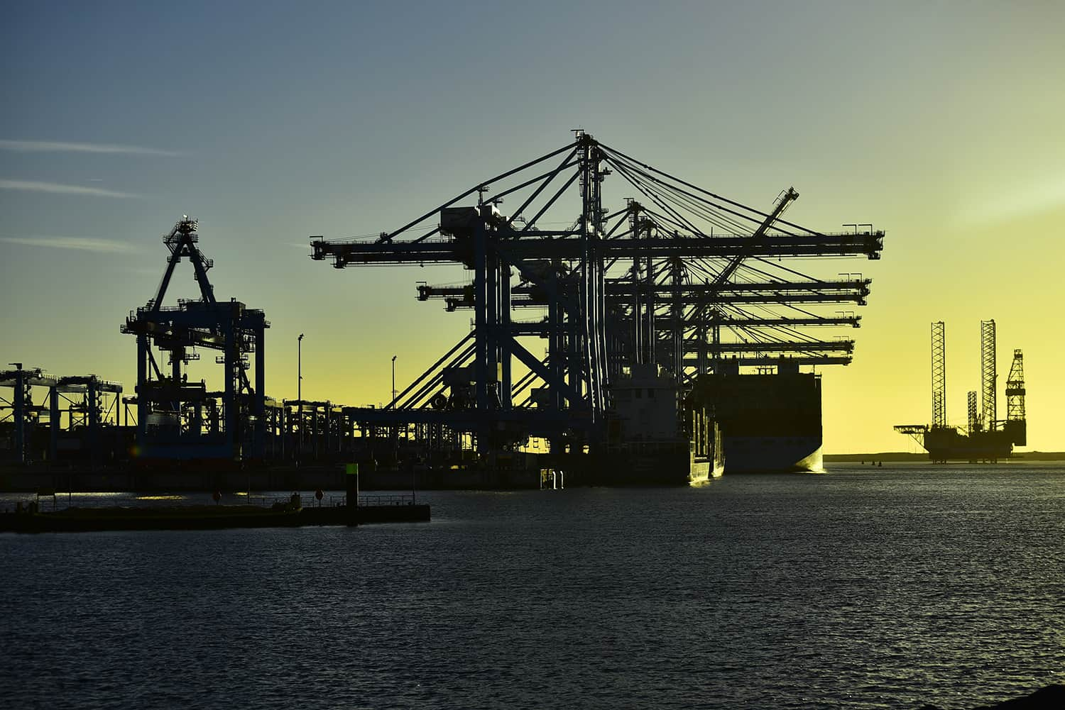 Container volumes up at Rotterdam and Antwerp