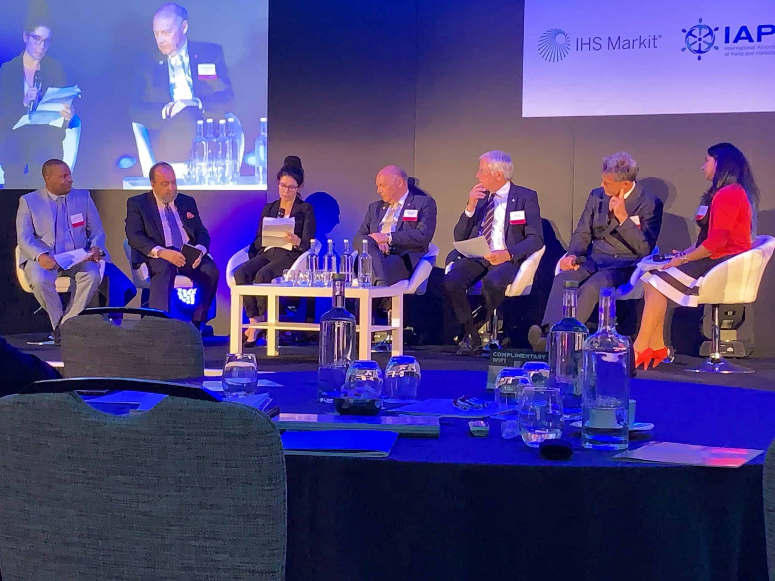 Industry needs to 'meet in the middle' on port call optimisation