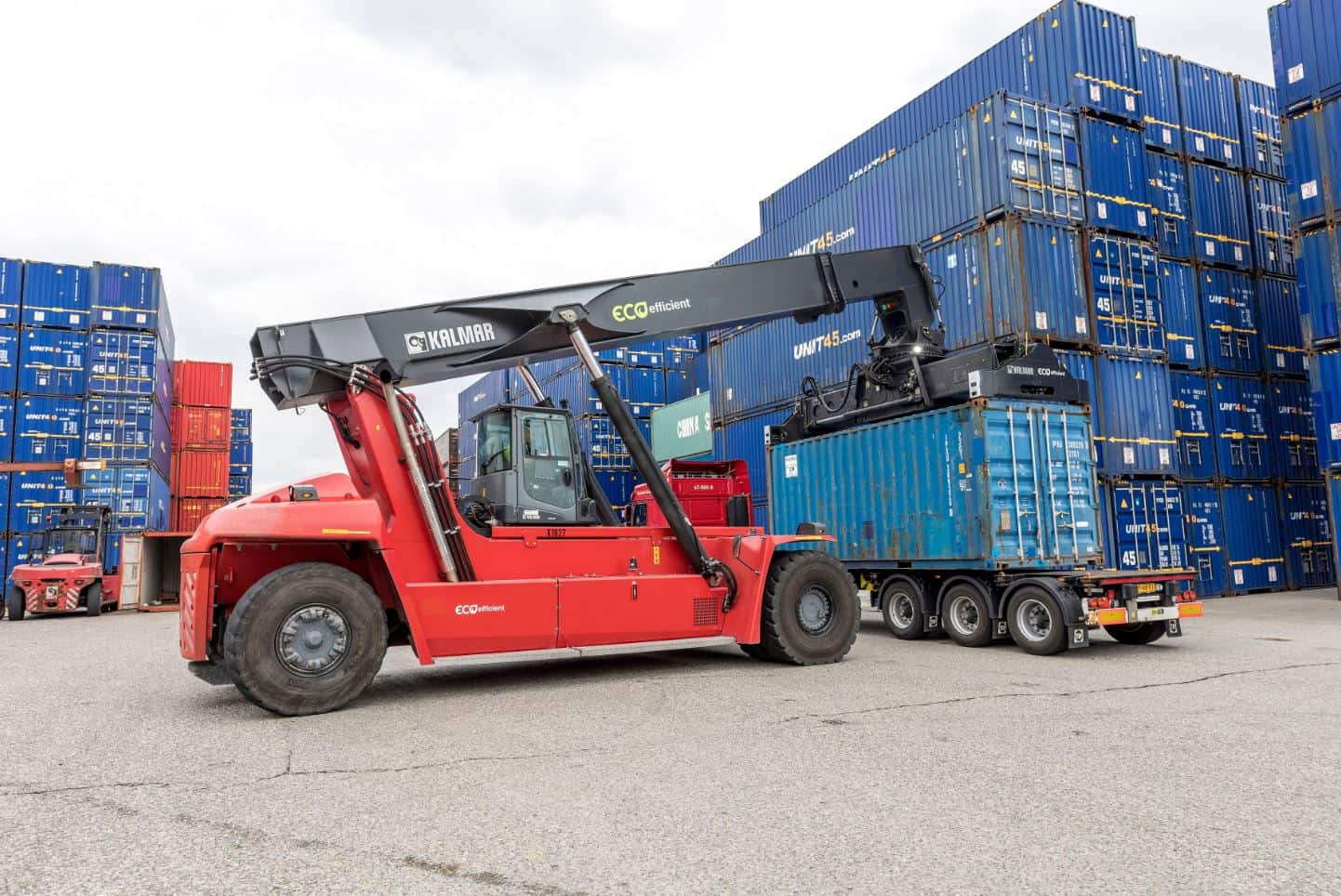 Six new Kalmar Eco reachstackers for Turkish equipment rental company