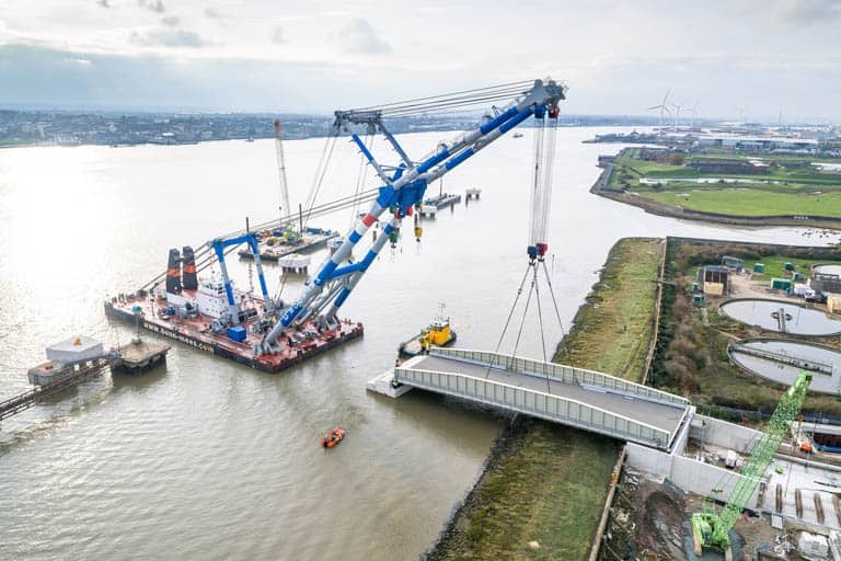 New approach bridge installed at Tilbury2