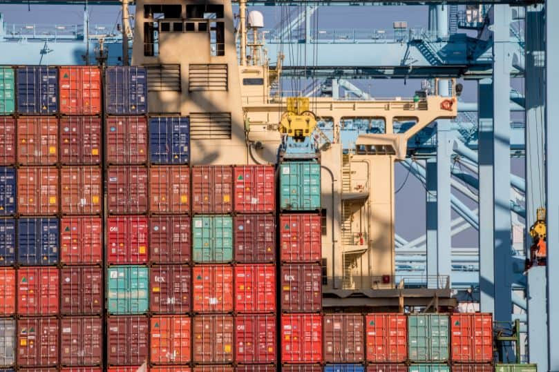 Port of Los Angeles hits near-record 9.3m teu despite trade war