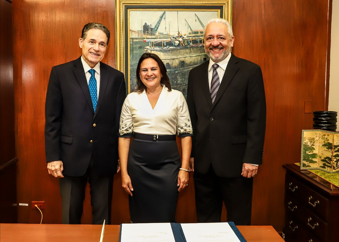 Panama Canal appoints first female deputy administrator