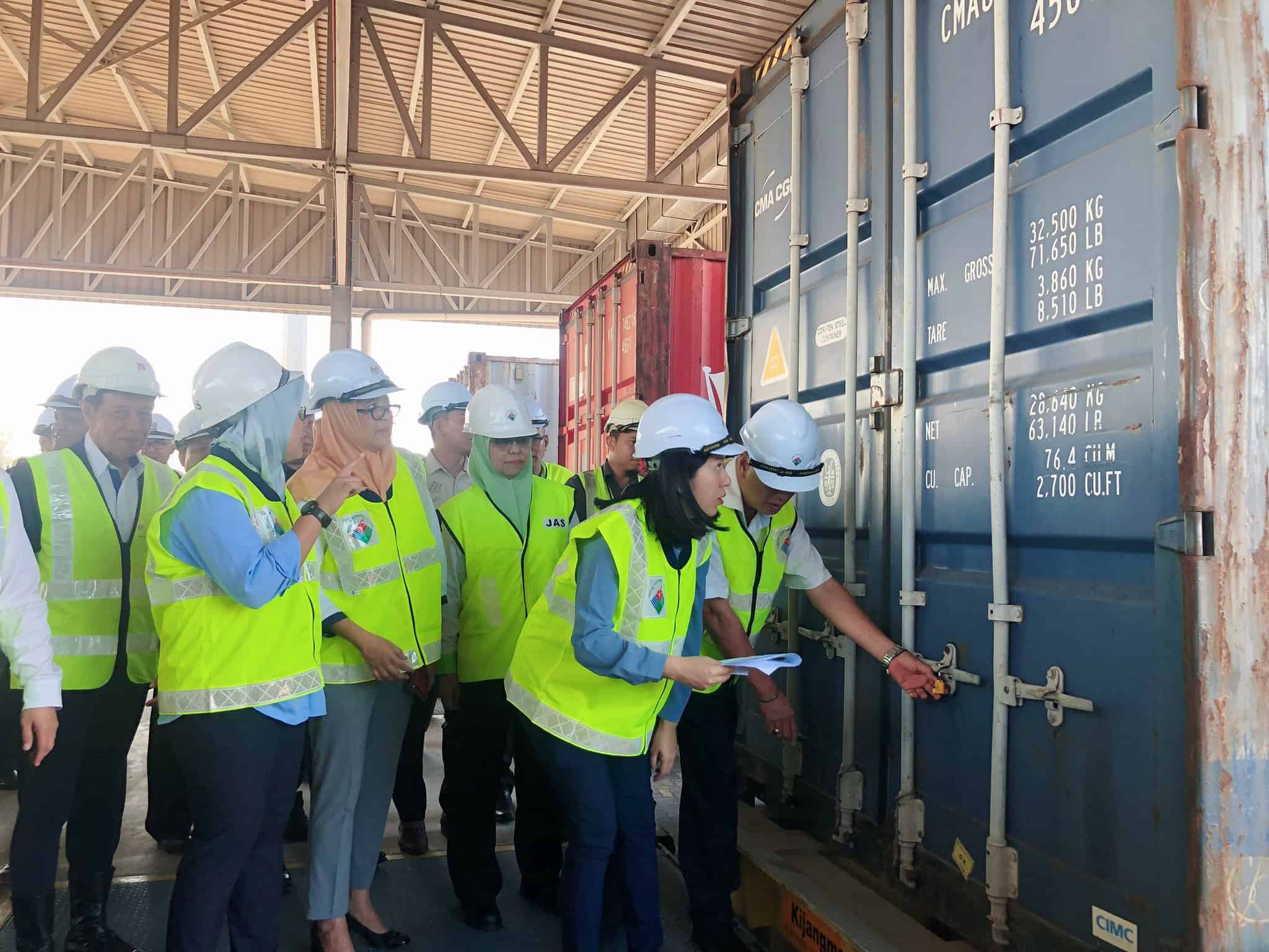 Malaysia sends back waste containers to the UK, US and France