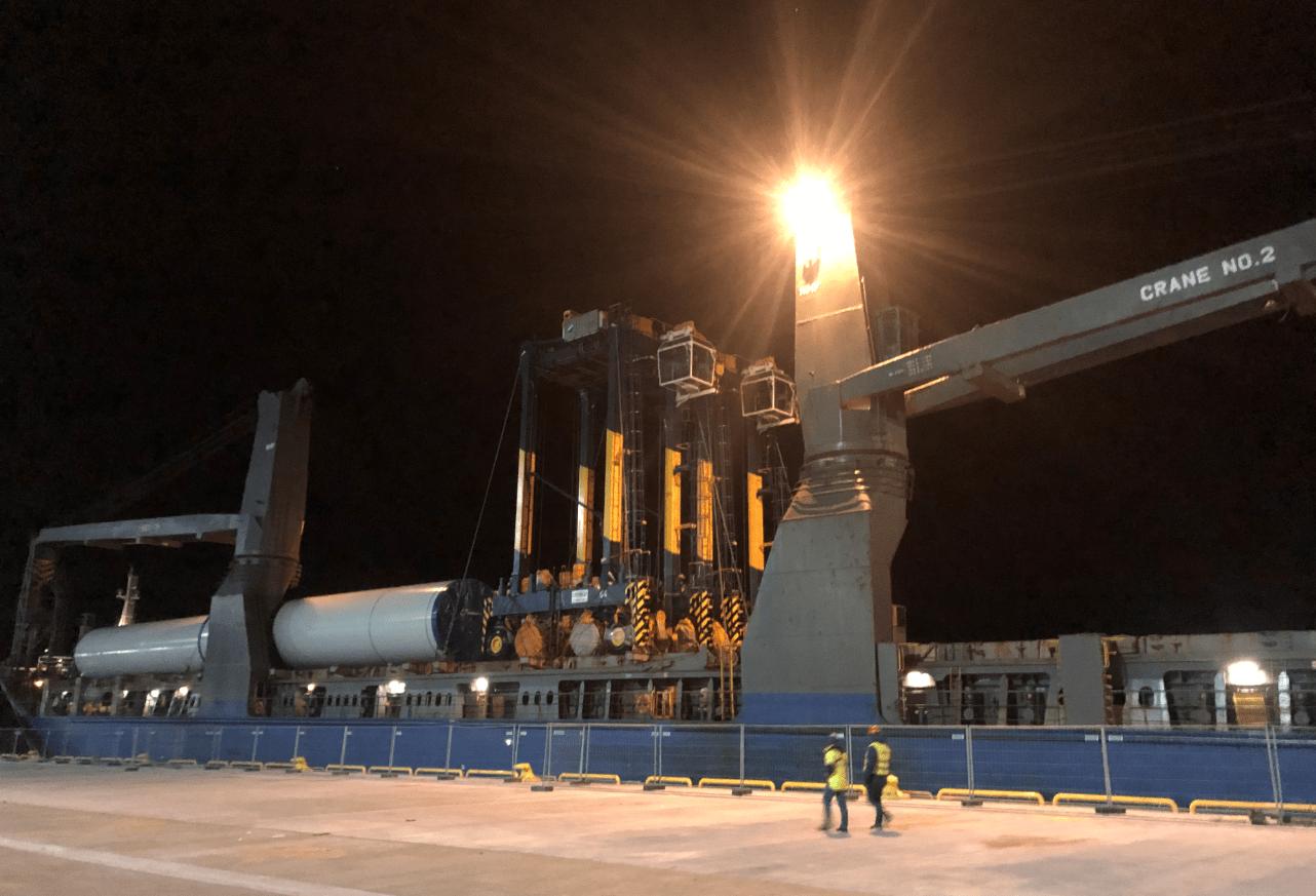 Stockholm Norvik Port receives straddle carriers
