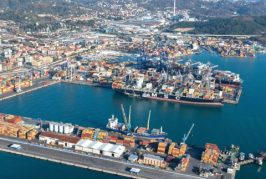 La Spezia port community comes together to handle influx of containers