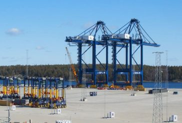 Stockholm Norvik Port receives super post-Panamax cranes