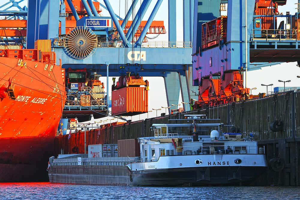 HHLA enters partnership to promote green inland waterway shipping