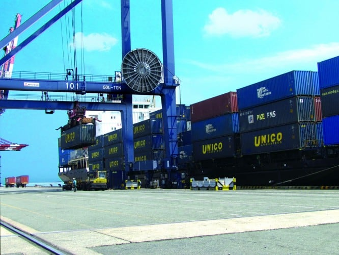 DP World to acquire majority stake in UNICO Logistics