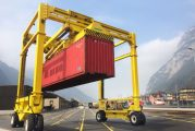Combilift develops intermodal straddle carrier
