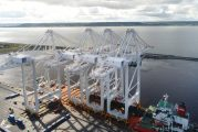 Le Havre welcomes four new gantry cranes